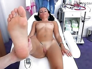 Considerably lean school chick Comes To total gynecology check-up best porn