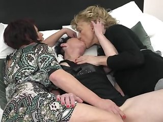 Lovely adult girl is screwing in lesbian porn