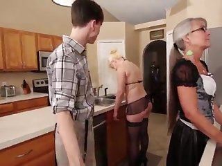 Mammy and Stepsis Three-Way after brainwash - Leilani Lei Fifi Foxx