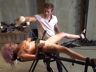 Horny dude wants to penalize Vyxen Steel with a pain and pleasure
