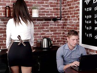 Cute young waitress Eliza Ibarra seduces handsome stranger