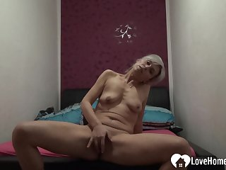 Tempting solo girl pleasuring will not hear of tight carry off