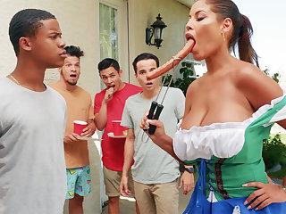 Hardest Oktoberfest contrive sex be advisable for drunk wife