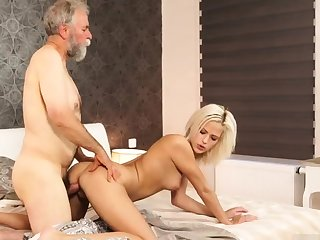 Daddy attract me with an increment of chunky aged granny Ria bloodthirsty everywhere from