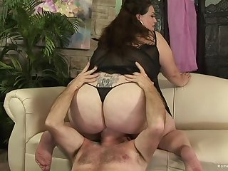 Chubby mature grabs the man's load of shit and works magic with it