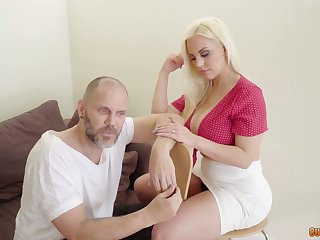 Mesmerizing big racked Argentinian cowgirl Blondie Fesser jumps on fat prick